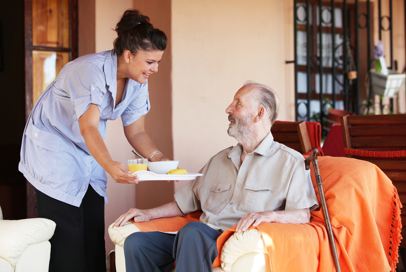 Image, nurse delivering a meal